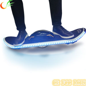 One Wheel Scooter Solo Wheel Skateboard with Bluetooth pictures & photos