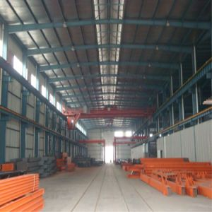 The Low Cost Prefabricated Steel Structure Builidng pictures & photos