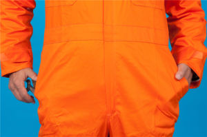 65% Polyester 35%Cotton Long Sleeve Safety High Quolity Cheap Coverall (BLY1022) pictures & photos