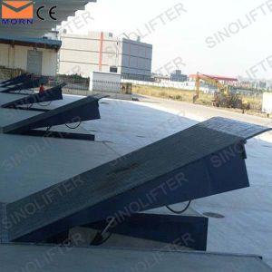 10t Stationary Warehouse Hydraulic Dock Levelers pictures & photos