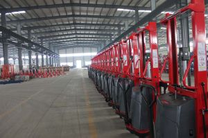 1.6-3m Semi-Electric Lifting Stacker with CE pictures & photos