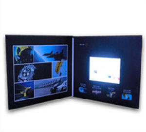 Customized LCD Screen Video Greeting Cards pictures & photos