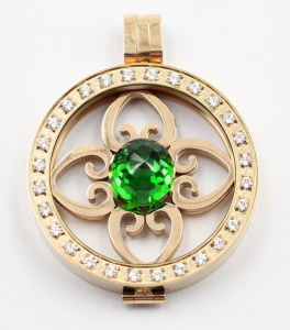 High Quality 316L Stainless Steel Locket Pendant with Prong Setting Stones pictures & photos