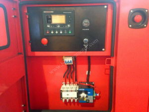 Cummins Diesel Engine Super Silent Diesel Power Generator 300kw/375kVA pictures & photos