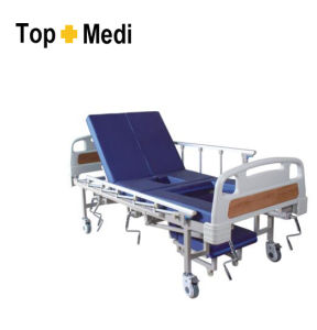 Topmedi Hospital Furniture Five Function Steel Hospital Bed pictures & photos