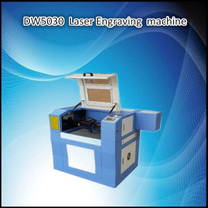 8mm Wood CO2 Laser Cutting Engraving Equipment with 60W/40W/90W pictures & photos