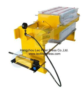 Leo Filter Press Manual Operation Plate and Frame Filter Press pictures & photos