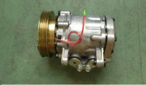 7b10 AC Compressor OE No.: 12367703 for Wulingzhiguang pictures & photos