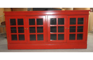 Chinese Red Sideboard with 4 Glass Doors Lwc453-1 pictures & photos