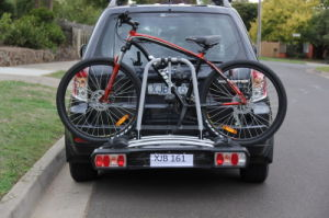 China Manufacture Tow Bar Mounted 3/ Three Bike Cycle Carrier (TB-009D3)