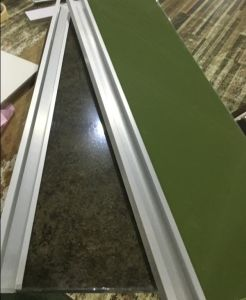 2017 New Good Quality Acrylic Doors with G Handles for Kitchen Cabinets (customized) pictures & photos