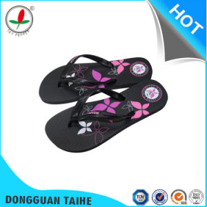 Black Sole Rubber Flip Flops pictures & photos