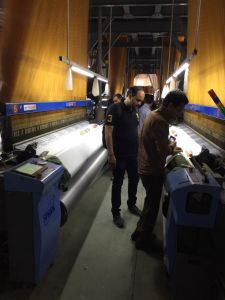 Most Energy Saving Yc9000 Air Jet Loom pictures & photos