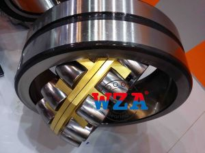 Ma Brass Cage Spherical Roller Bearing 22324mA for Shaker Screen Vibration Screen pictures & photos