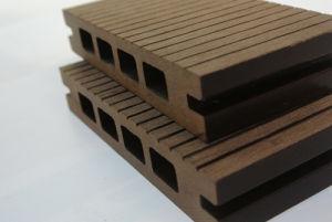 Wood Plastic Composite Engineered Flooring pictures & photos
