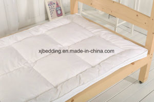 Microfiber Fabric Duck Feather Mattress Topper pictures & photos