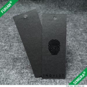 Black Patterned Gloss Coating on Black Paper Hang Tag pictures & photos
