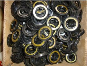 22*35*8.5mm Power Steering Oil Seal pictures & photos