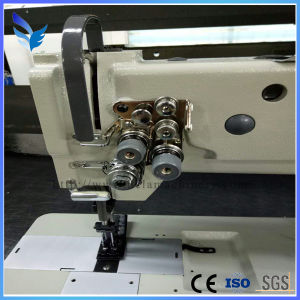 Three Needle Compound Feed Lockstitch Sewing Machine for Mats (DU4430-L40) pictures & photos