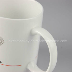 Promotional Customized Logo Red Heart Love Mugs Ceramic Cups pictures & photos