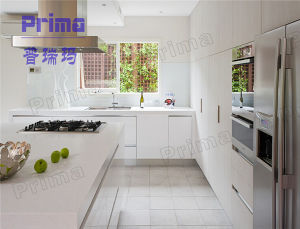 China Cheap Modern UV High Glossy Kitchen Cabinet pictures & photos