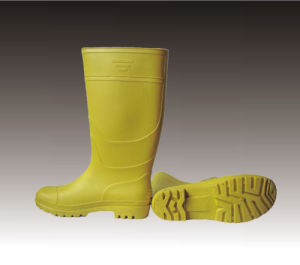 PVC Rain Boots with Steel Toe pictures & photos