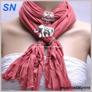 Elephant Pendant Necklace Charm Scarf (SNSMQ1019) pictures & photos