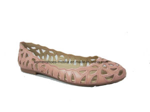 New Fashion Laser Cut Embroidery Flat Women Ballerina Shoes pictures & photos