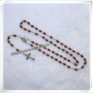 Religious Oval Wooden Beads Rosary with Metal Crucifix (IO-Cr006) pictures & photos