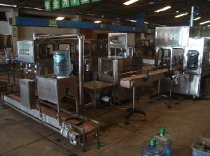 5gallon Water Bottling Machine with 100bottles/Hour Capacity pictures & photos