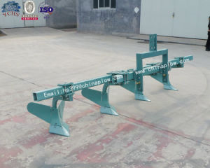 New Type Agricultural Ridging Plough Equipment for 80HP Tractor pictures & photos