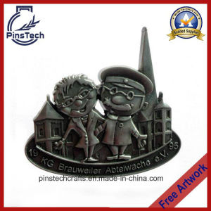 Professional Manufacturer of Die Cast Lapel Pin pictures & photos