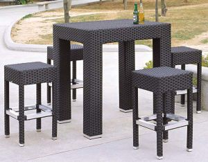 Outdoor Furniture PE Rattan Bar Stool Bar Table pictures & photos