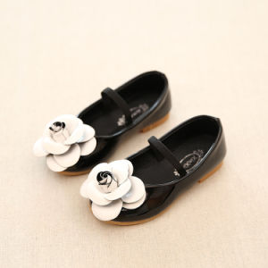 New Arrival Kids Shoes Lovely Flower Design Child Shoes Wholsale Baby Shoe with High Quality pictures & photos