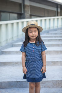 100% Cotton Casual Short Sleeve Summer Dresses for Girls pictures & photos
