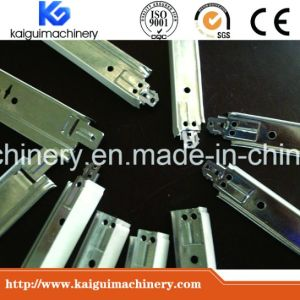 Ceiling T Bar Machine Fast Speed with Flying Cut-off System pictures & photos