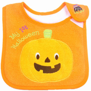 OEM Produce Customized Design Embroidered Cotton Terry Cartoon Halloween Baby Feeder Bib pictures & photos