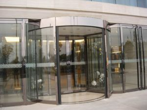 Automatic 2-Wing Revolving Door, with Sliding Door Wing, Aluminum Frame Stainless Steel Cladding pictures & photos