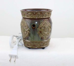 LED Light Fragrance Warmer 13CE23685 pictures & photos