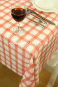 Custom Made High Quality Waterproof Plastic Disposable Table Cloth of Pure Color pictures & photos
