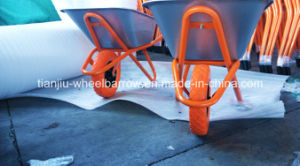 Wheelbarrow Wb6418 for Russia Market with PU Wheel pictures & photos