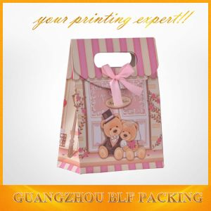 Lovely Bear Image Gift Package Paper Bag Cutting Handle (BLF-PB071) pictures & photos