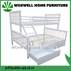 Pine Wood Triple Bunk Bed for Bedroom (WJZ-B712) pictures & photos
