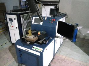 200W Four Axis Automatic Laser Welding Machine pictures & photos