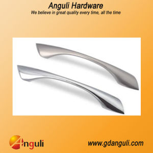 Furniture Handles for Kitchen and Drawer pictures & photos