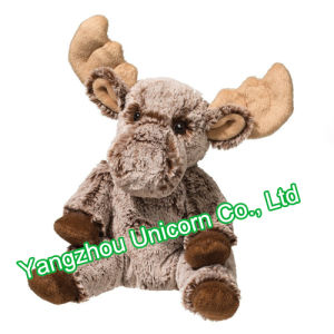 EN71 Soft Stuffed Animal with Coat Deer Moose Plush Toy pictures & photos