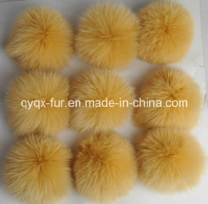 Factory Wholesale Cheap Price 100% Real Fox Fur POM Poms pictures & photos