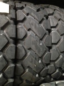 E3 Earthmover Tyre Construction Used Bias OTR Tyre 23.5-25 pictures & photos