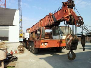 80ton Secondhand Grove Hydraulic Used Truck Crane (TMS800B) pictures & photos