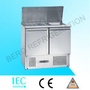Stainless Steel Salad Bar Refrigerator with Sneeze Guard pictures & photos